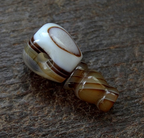 Banded Agate Guru Bead -  12 mm - Long Barrel