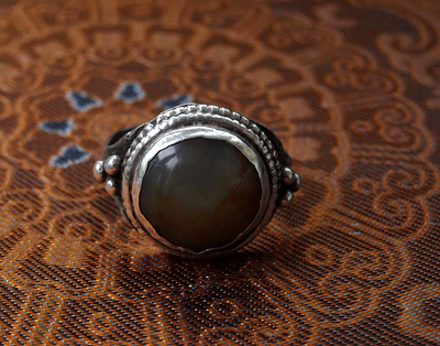 Antique Silver Ring with Agate