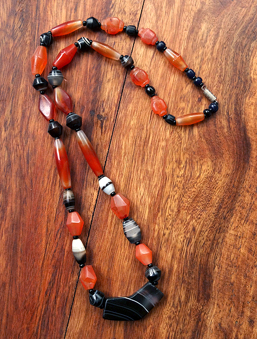 Necklace with Carnelian and Banded Agate - Ancient Replica