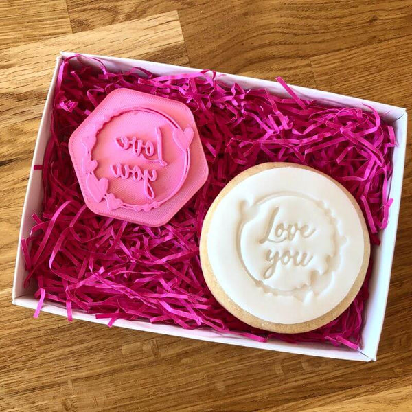 Love You with Heart Circle Cookie Stamp