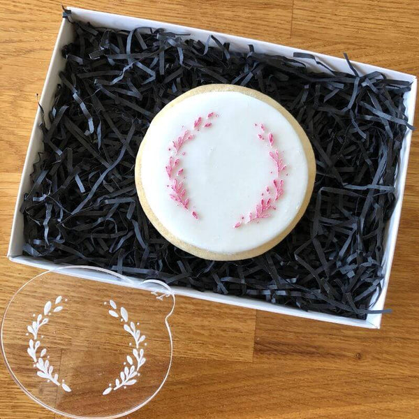 Delicate Wreath Cookie Embosser