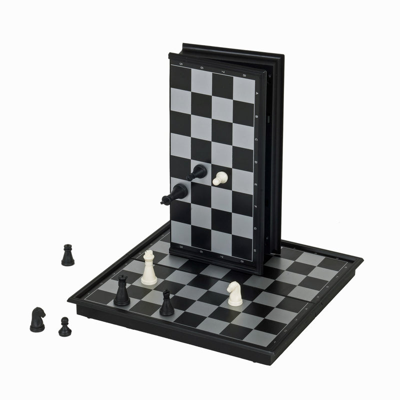 "8"" MAGNETIC TRAVEL CHESS SET"