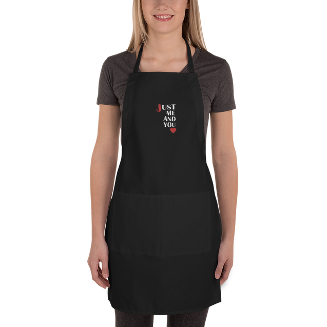 JUST ME AND YOU JERIC Embroidered Apron Limited Edition