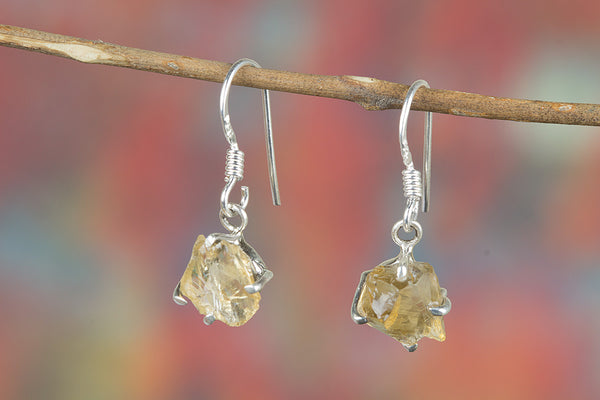 Faceted Citrine Earring 925 Silver Modern Designer Earring Attractive Earring Eye Catch Earring Trendy Earring Inspirational Earring Gypsy Earring Bohemian Earring Casual Earring Motivational Earring Yellow Bride Earring Gift Her.