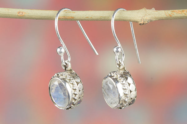 Rainbow Moonstone Pendant, 925 Sterling Silver, June Birthstone earrings, Dangle Earrings, Classic Earrings, Faceted Stone Earrings, Moonstone Jewelry, Party Wear Earrings, Healing jewelry, Engagement Gift, Fine Jewelry, Gift For sister.