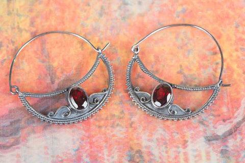 Amazing Faceted Garnet Gemstone Silver Earring