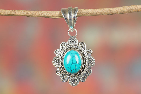 Turquoise Pendant, 925 Sterling Silver, Attract pendant, Unique Style Pendant, Unisex Pendant, , Healing pendant, Blue Pendant, Classic design Pendant, Turquoise jewelry, Eye catching Pendant, Attract pendant, Relationship Pendant, Gift Her
