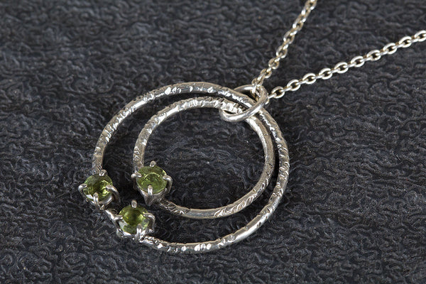 Faceted Three Peridot Gemstone August Birthstone Pendant, 925 Sterling Silver Hammered Circles Pendant