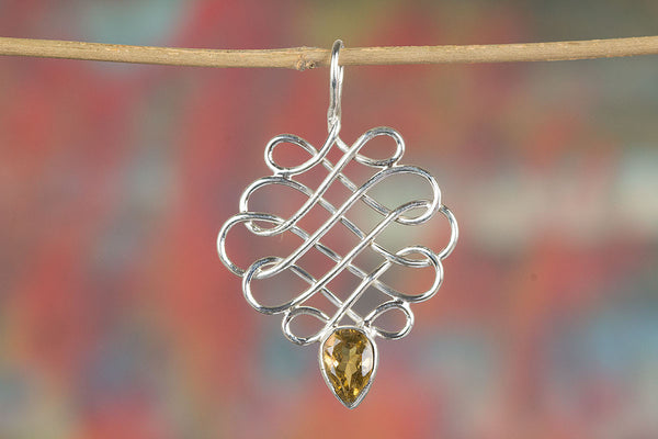 Faceted Three Citrine Gemstone November Birthstone 925 Sterling Silver Hammered Circles Pendant