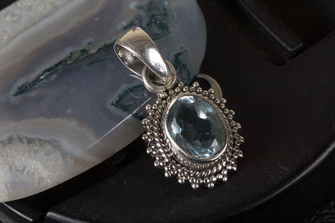 Amazing Blue Topaz Gemstone Sterling Silver Pendant