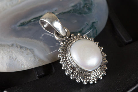 Amazing Sterling Silver Pearl Gemstone Pendant