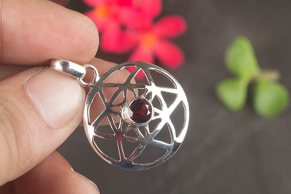 Amazing Faceted Garnet Gemstone Sterling Silver Pendant