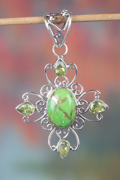 Gorgeous Green Turquoise Gemstone 925 Sterling Silver Pendant