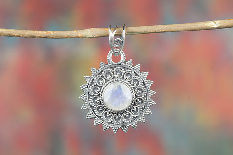 Faceted Rainbow Moonstone Gemstone Pendant, 925 Sterling Silver, AAA Blue Flashy Moonstone Bezel Pendant Necklace