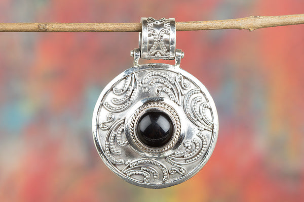 Beautiful Black Onyx Gemstone Sterling Silver Pendant