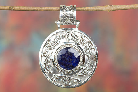 Amazing Sapphire Gemstone Sterling Silver Pendant