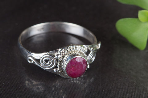Beautiful Ruby Gemstone Sterling Silver Ring,