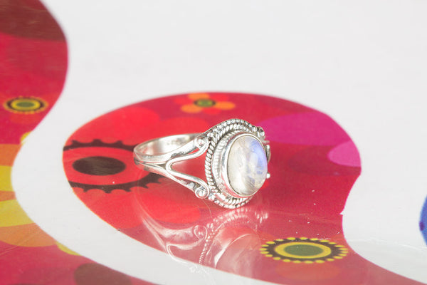Rainbow Monnstone Gemstone Sterling Silver Ring