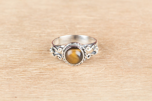 Wonderful Tiger Eye Gemstone Sterling Silver Ring