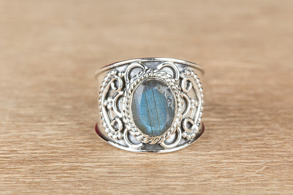 Labradorite Ring, 925 Sterling Silver, Unique Designer Ring, Stylish Ring, Exclusive Ring, Love Ring, Healing Ring, Attractive Ring,Statement Ring, Wide Band Ring , Occasion Ring, Fancy Ring, Gift Her