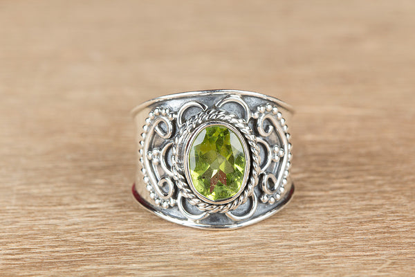 Beautiful Faceted Peridot Gemstone Sterling Silver Ring,