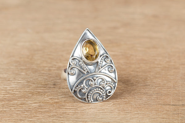 Stunning Silver Citrine Gemstone Ring