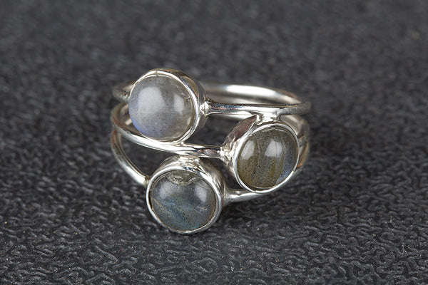 Wow Labradorite Gemstone Silver Ring