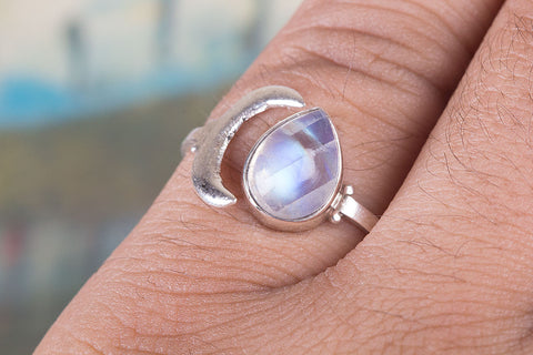 Amazing Rainbow Moonstone Ring, 925 Sterling Silver Ring, Birthstone Charm, Handmade Ring, Bohemian Ring, Natural Moonstone Charm, Gift For Her