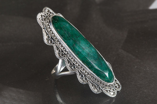 Amazing Emerald Gemstone Sterling Silver Ring,