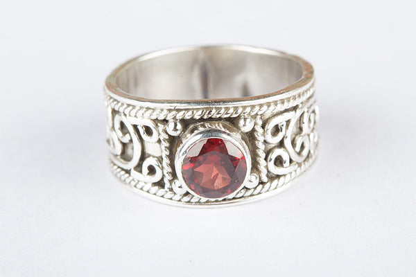 Silver Faceted Garnet Gemstone Ring