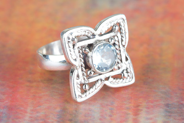 Flower Shaped Blue Topaz Gemstone Silver Ring