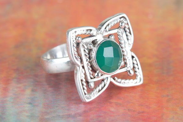 Flower Shaped Faceted Green Onyx Gemstone Silver Ring