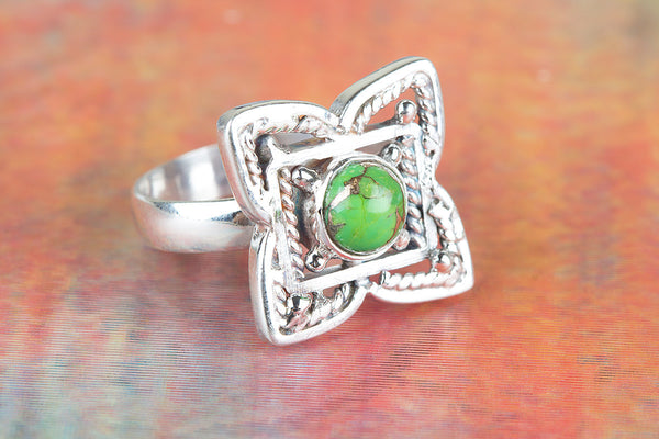 Flower Shaped Green Turquoise Gemstone Silver Ring