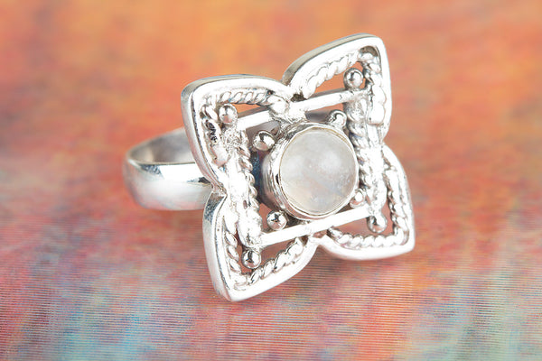 Flower Shaped Rainbow Moonstone Gemstone Silver Ring