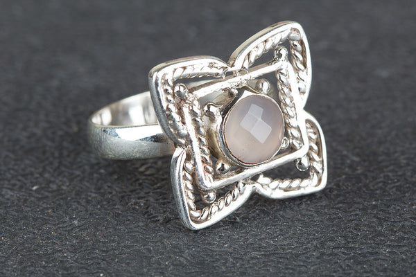 Flower Shaped Rose Quartz Gemstone Silver Ring
