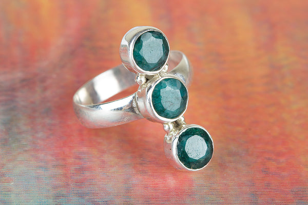 Emerald Gemstone Silver Ring