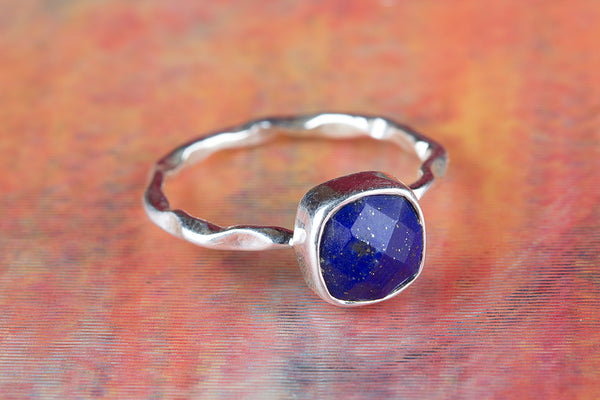 Faceted Lapis Lazuli Ring, 925 Silver, Dainty Ring, Charm Ring, Stylish Design Ring, Special Occasion Ring, Alternative Ring, Vintage Ring, Casual Ring, Elegant Ring, Designer Ring, Anniversary Ring, Wedding Ring, Gif Her.