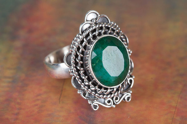 Charming Emerald Gemstone Sterling Silver Ring,