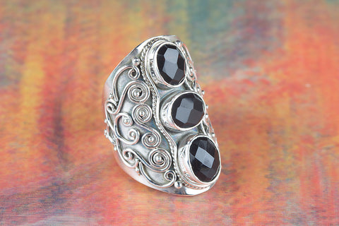 Black onyx Ring 925 Silver Three Stone Ring Statement Ring Three Stone Ring Unique Ring Elegant Ring Classic Ring Party Wear Ring Casual Ring Attractive Ring Vintage Ring Anniversary Ring Gift Her