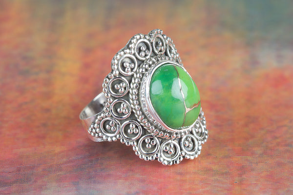Wow Green Turquoise Gemstone Silver Ring
