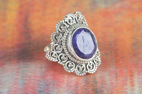 Wow Sapphire Gemstone Silver Ring