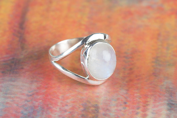 Precious Rainbow Moonstone Gemstone Silver Ring