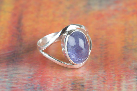 Wonderfull Tanzanite Gemstone Silver Ring