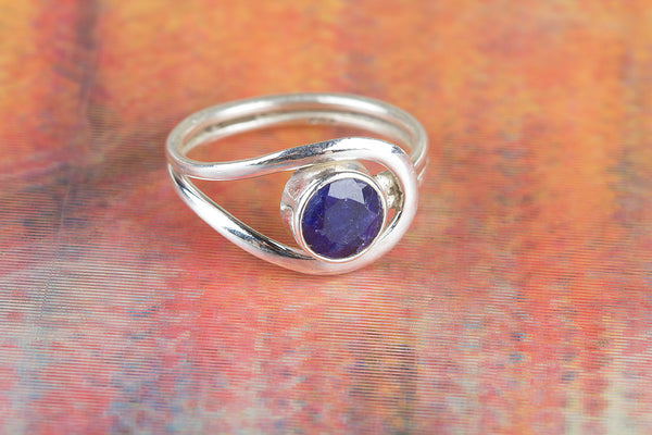 Wonderful Sapphire Gemstone Silver Ring
