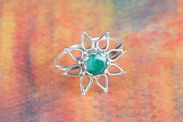 Star Shape Emerald Gemstone Silver Ring