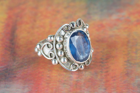 Amazing Faceted Kyanite Gemstone Silver Ring