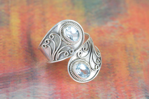 Wonderful Blue Topaz Gemstone Sterling Silver Ring