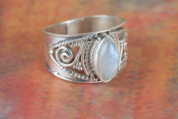 Awesome Rainbow Moonstone Gemstone Sterling Silver Ring,