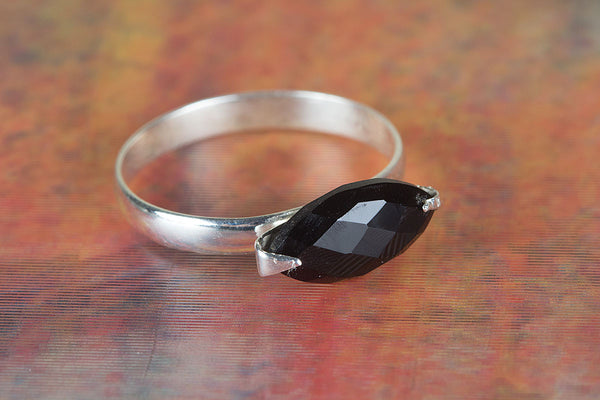 Wow Handmade Faceted Black Onyx Gemstone Ring