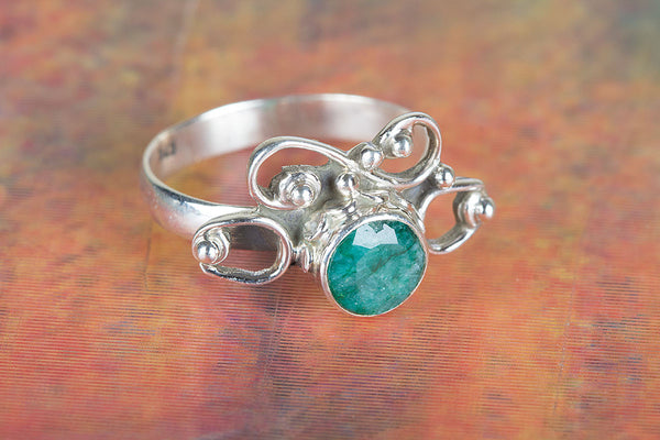 Awesome Emerald Gemstone Sterling Silver Ring,